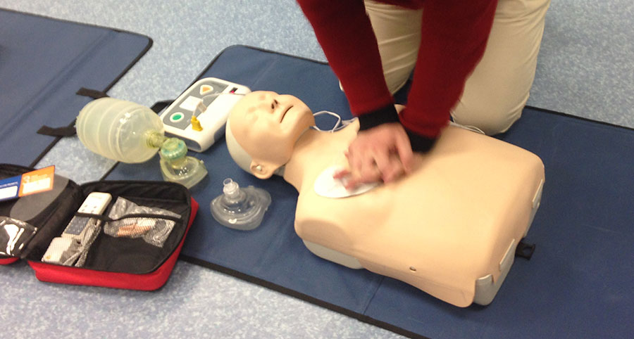 simulators-cpr-manikin.jpg