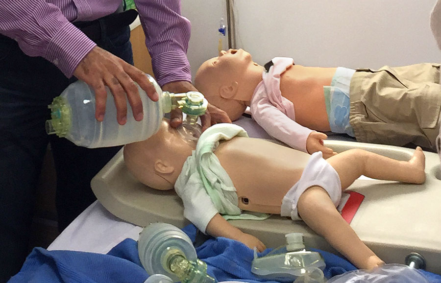 simulators-ventilation-pediatric-manikin.jpg